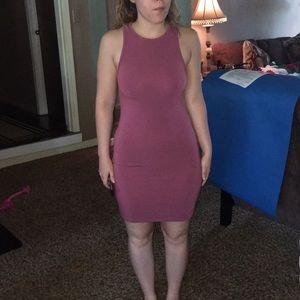 Pink dress. Small. Model:5'1